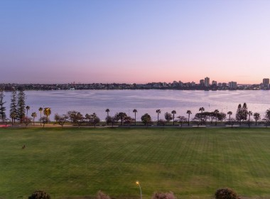 2 view  80-78 Terrace Road East Perth 34